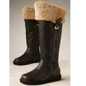 UGG Locarno Boots